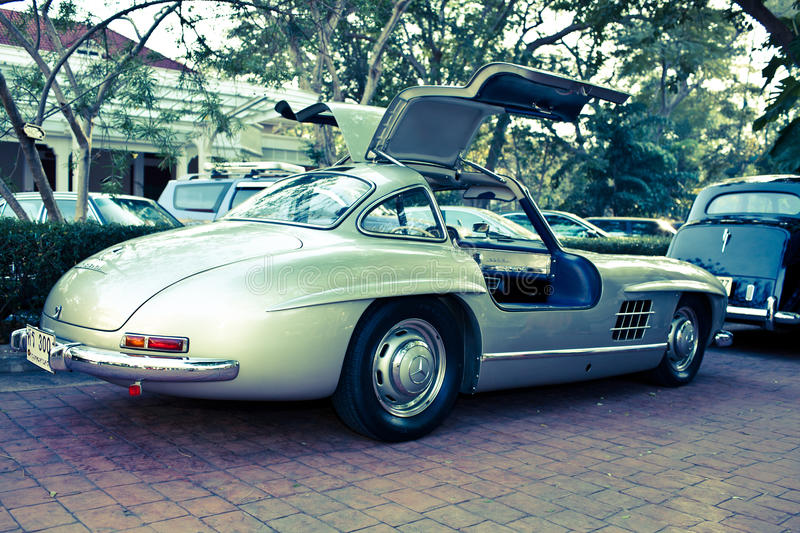 Download Mercedes SL 300 Gullwing On Vintage Car Parade Editorial Stock Image