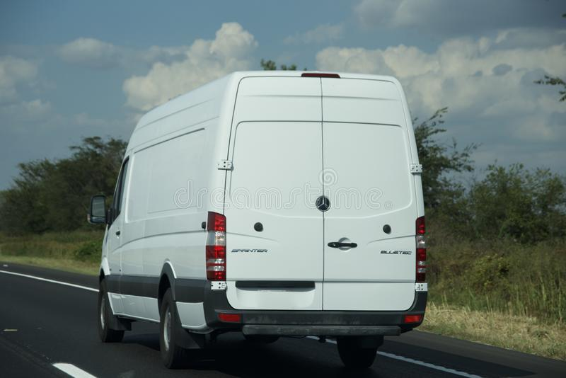 Mercedes Transport Sprinter Van imagenes de archivo