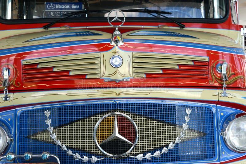 Mercedes Truck Kurzhauber ou Rundhauber image stock