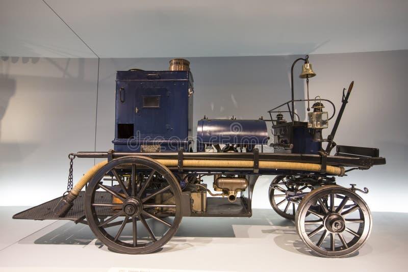 Mercedez Benz muzeum fotografia stock