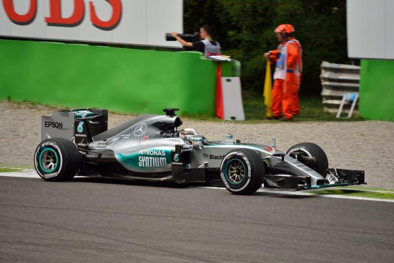 Mercedez F1 W06 hybryd jadący Lewis Hamilton przy Monza obraz stock
