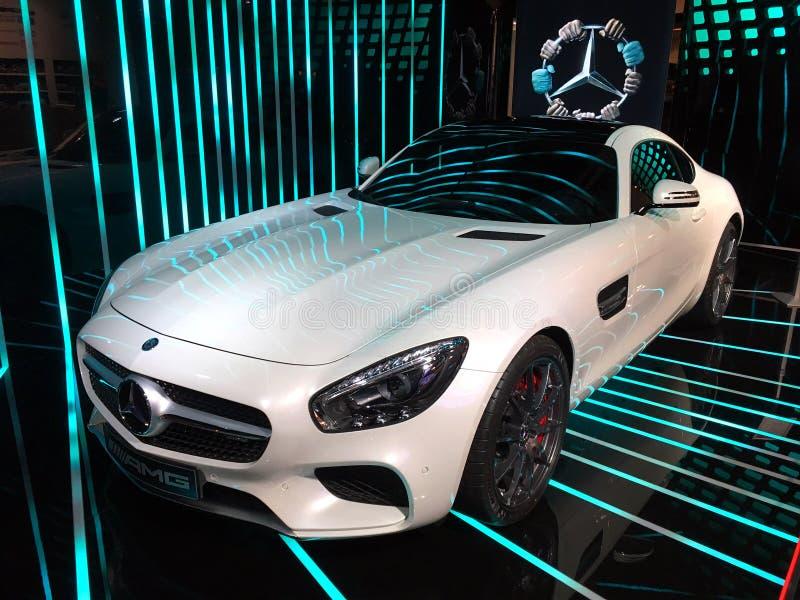 Mercedez Petronas sklep Paryż obraz stock