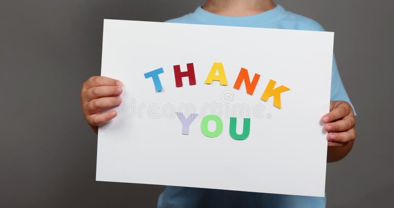 Download Merci Les Mains Des Enfants De Connexion Photo stock - Image du vous, note: 45350392