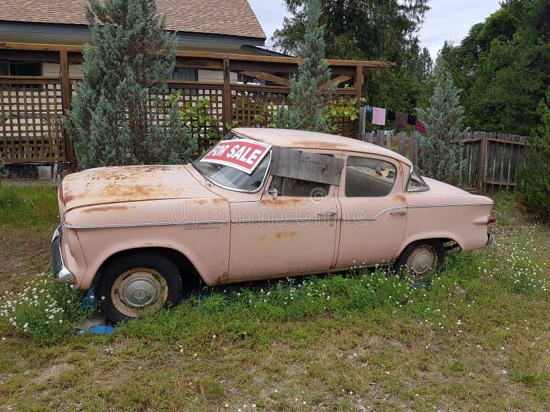 Mercury Sedan, of Chevy For Sale voor Reparatie stock fotografie