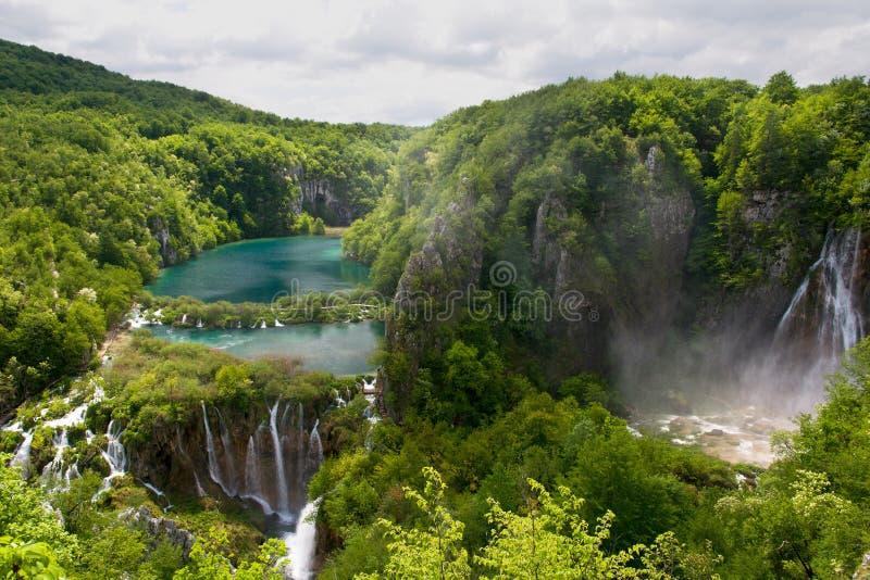 Meren en Watervallen stock afbeeldingen