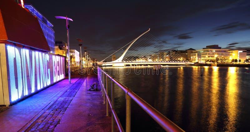 Mergulho Bell, ponte de Samuel Beckett fotos de stock