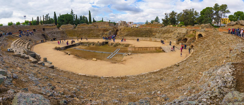 Merida, Spagna - aprile 2019: Roman Amphitheatre di Merida fotografia stock libera da diritti