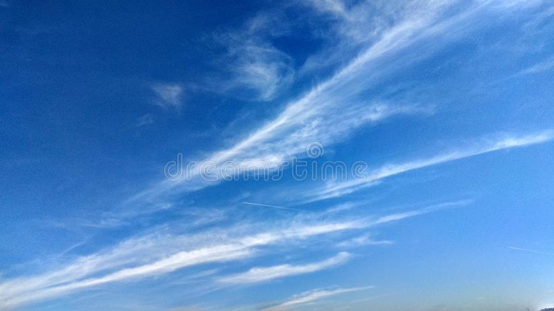 Merkwürdige Wolken lizenzfreie stockfotos
