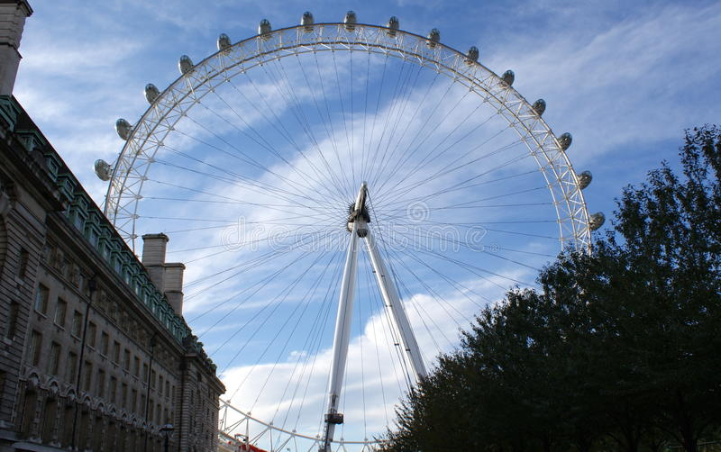 Download The Merlin Entertainments London Eye Editorial Photo - Image: 17527921
