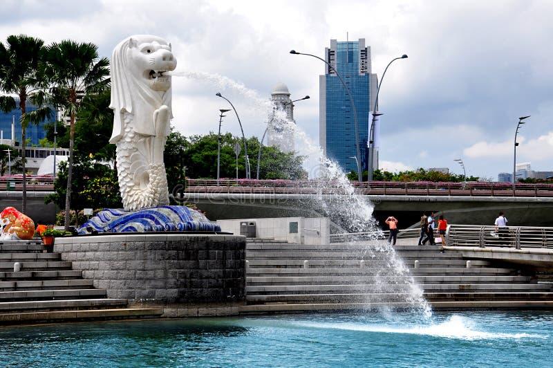 Merlion staty, landmark av Singapore royaltyfri fotografi