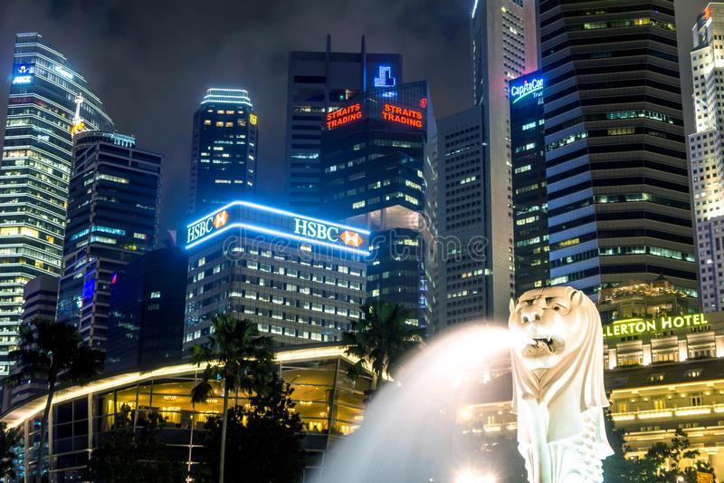Merlionpark bij Nacht, Marina Bay Waterfront - Singapore stock afbeeldingen