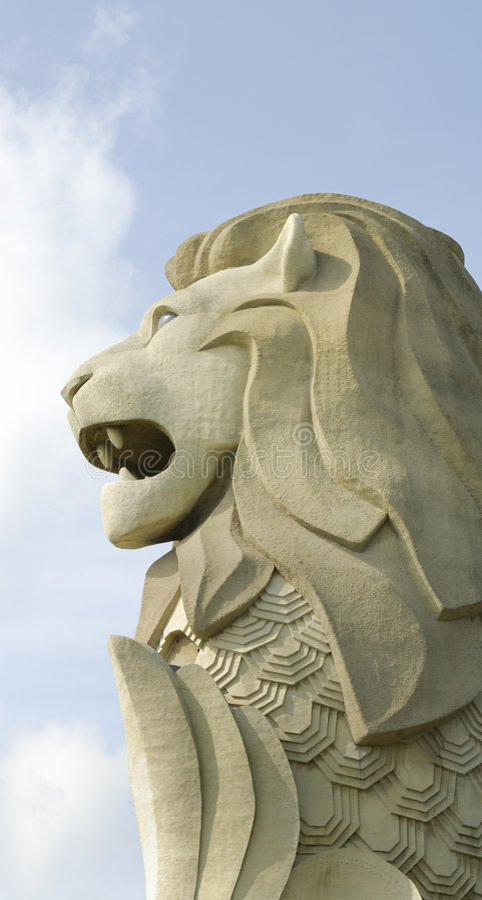 merlionsentosasingapore staty arkivbilder