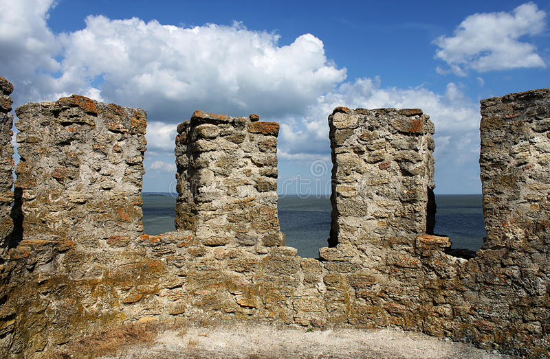 Download Merlons stock image. Image of tower, citadel, ruins, architecture - 14901333