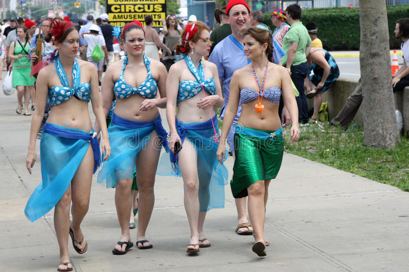 Download Mermaid Parade 2011 In Brooklyn Editorial Photography - Image: 19969207