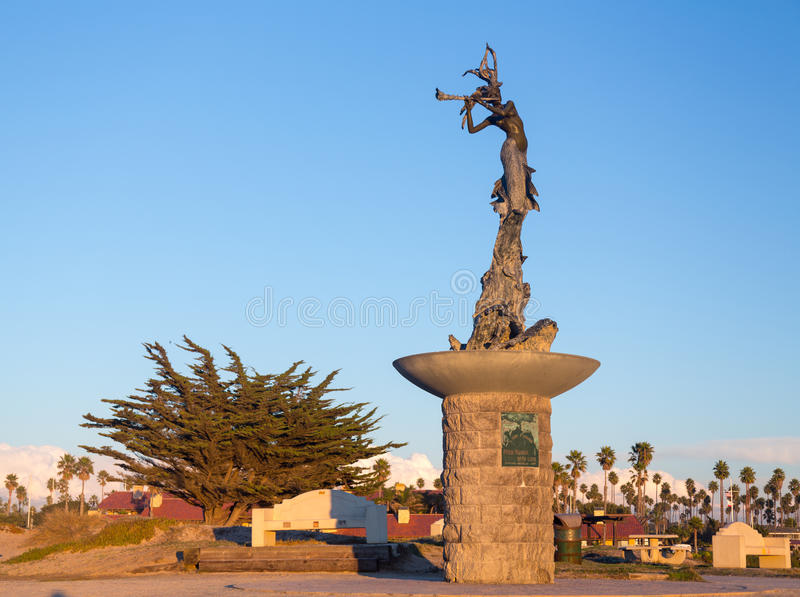 Mermaid statue entrance Ventura harbor