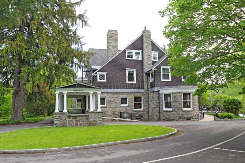 Merrill House-Gebäude auf dem Campus von Colgate-Universität in ha lizenzfreie stockfotos