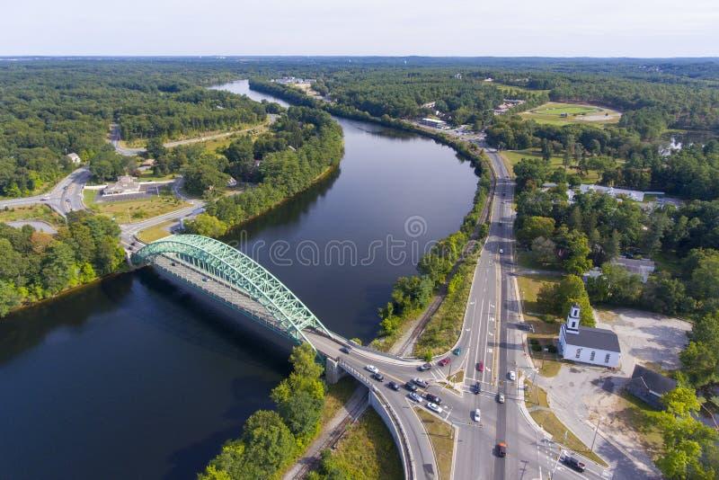 Merrimack flod i Tyngsborough, MOR, USA arkivfoton