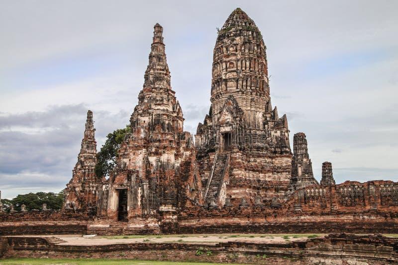 Meru y Prang de Wat Chaiwatthanaram foto de archivo libre de regalías
