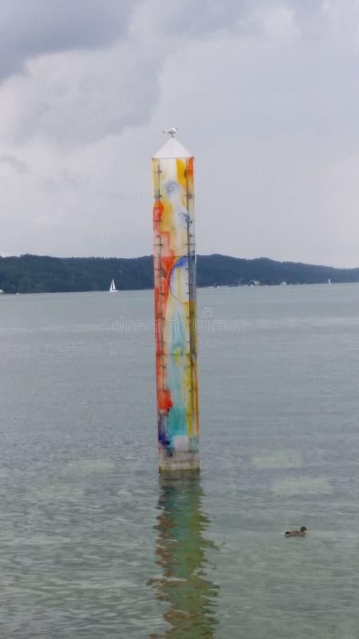 Merveille de couleur sur l'eau photo libre de droits