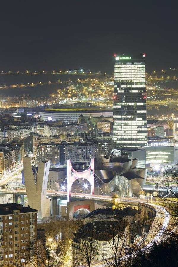 Merveilles de Bilbao à la soirée photos stock