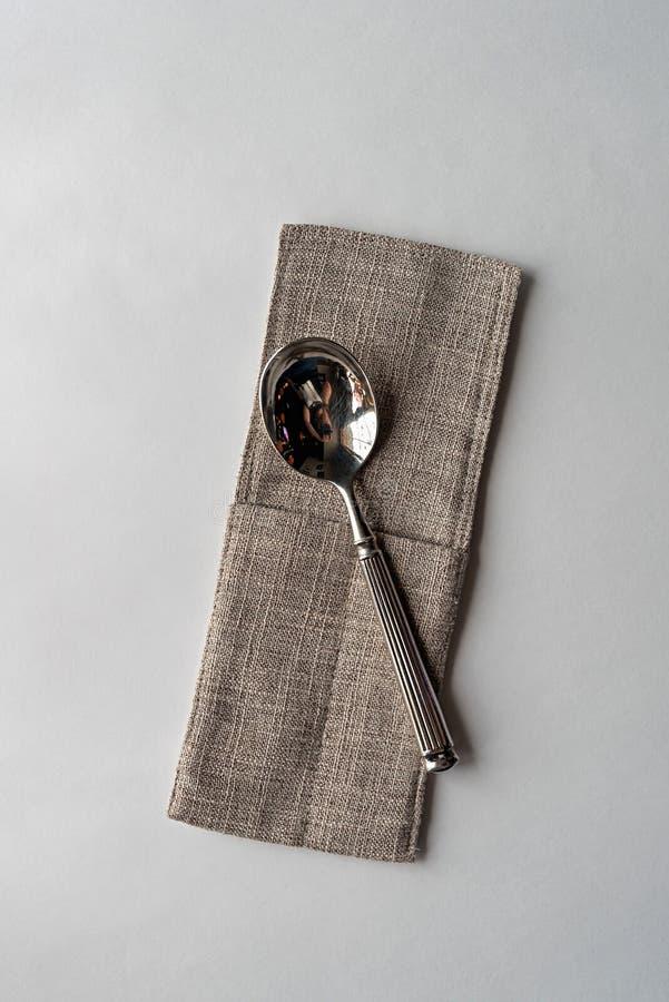 Mes en vork op een witte achtergrond royalty-vrije stock foto's