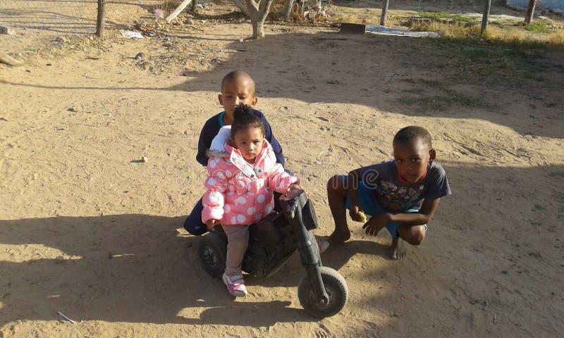 Mes enfants et eux ami images libres de droits