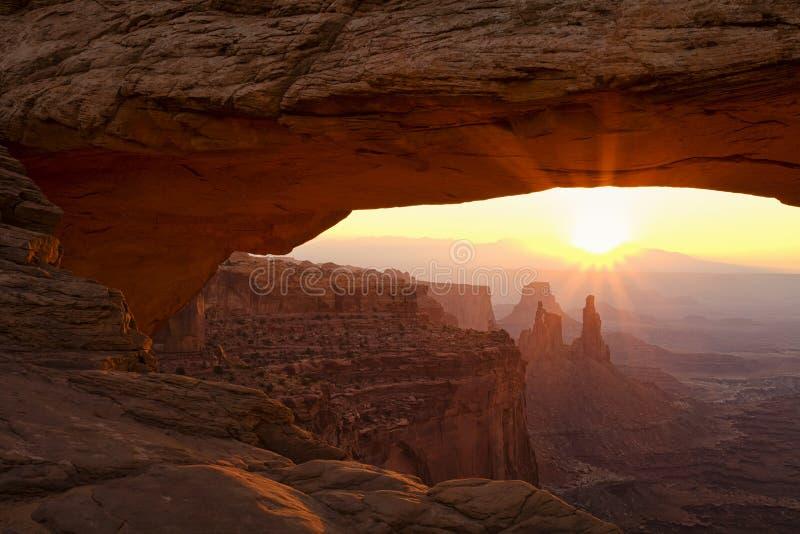 Mesa曲拱在黎明 库存图片