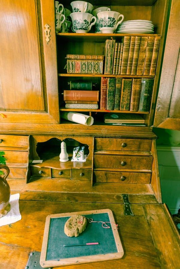 Mesa de escrita do vintage fotos de stock royalty free