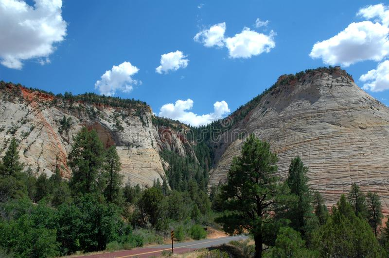 MESA della scacchiera nel parco di Zion National nell'Utah U.S.A. fotografia stock libera da diritti