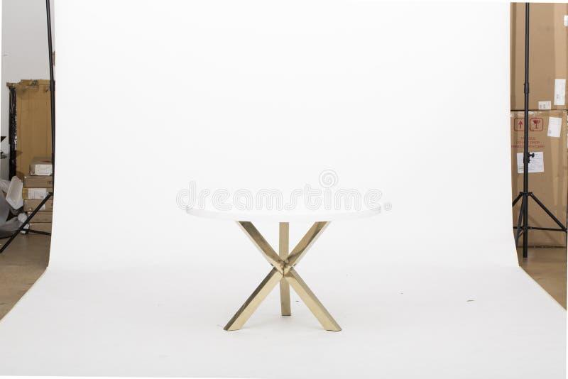 """Mesa lateral del oro, Bernhardt End Table, de lujo de cobre del †de la mesa de centro """", mesa de centro de cristal del oro con  imagen de archivo"""