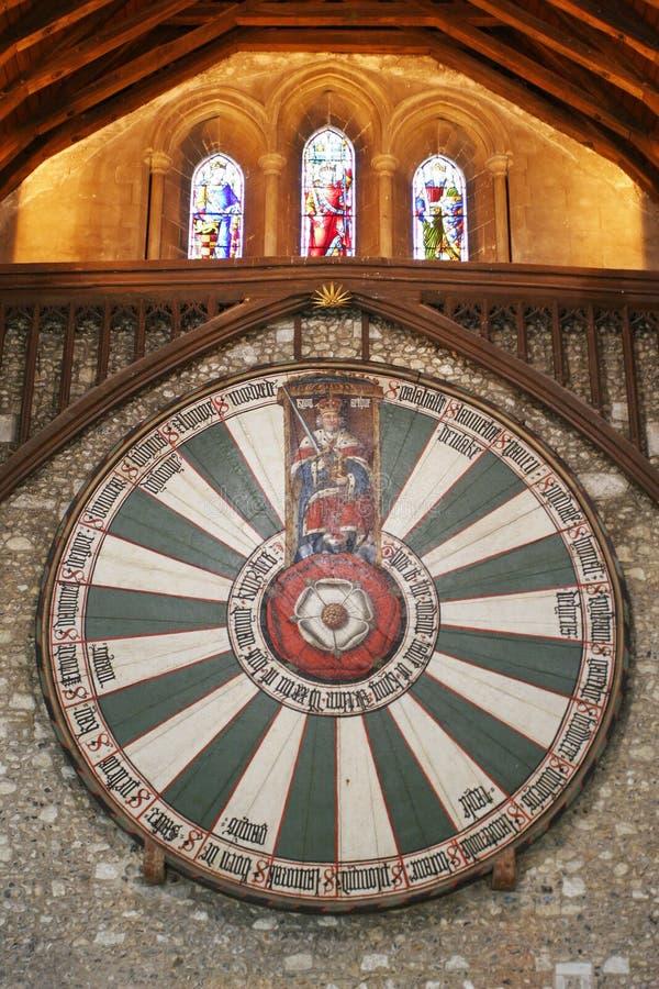 Mesa redonda de rey Arturo en la pared del templo en Winchester Inglaterra U fotos de archivo libres de regalías