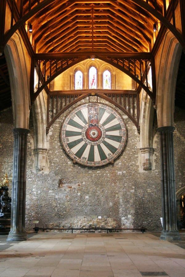 Mesa redonda de rey Arturo en la pared del templo en Winchester Inglaterra U imagen de archivo
