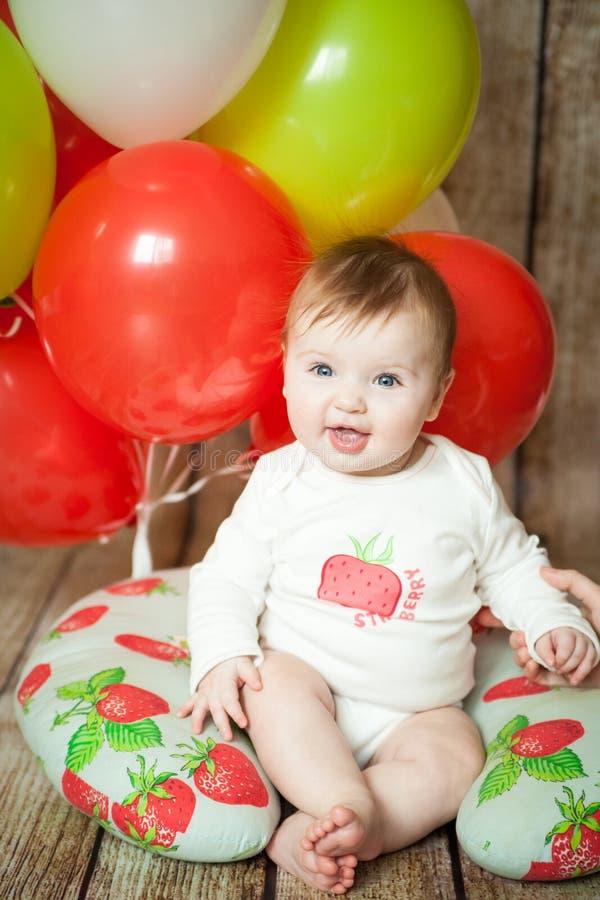 6 meses lindos de bebé imagen de archivo libre de regalías