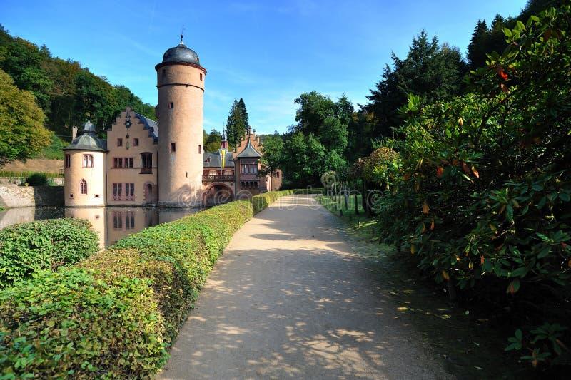 Mespelbrunn mittelalterliches Schloss lizenzfreie stockfotos