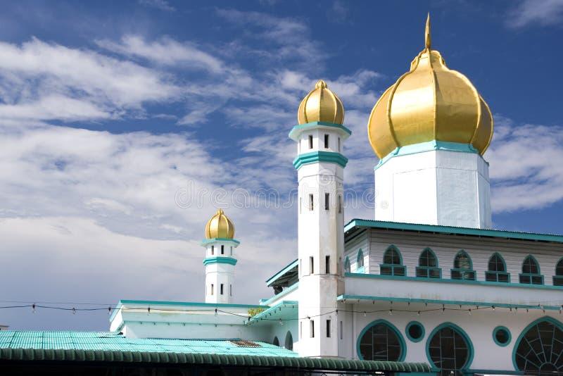 Mesquita abobadada dourada imagens de stock