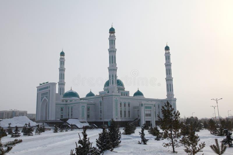 Mesquita central da catedral de Karaganda, Cazaquistão foto de stock