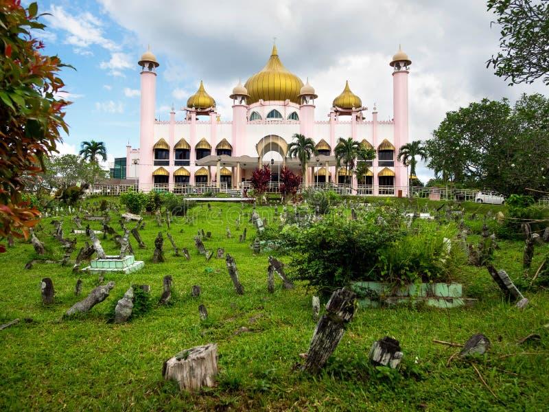 Mesquita da cidade de Kuching em Kuching, Sarawak, Malásia foto de stock royalty free