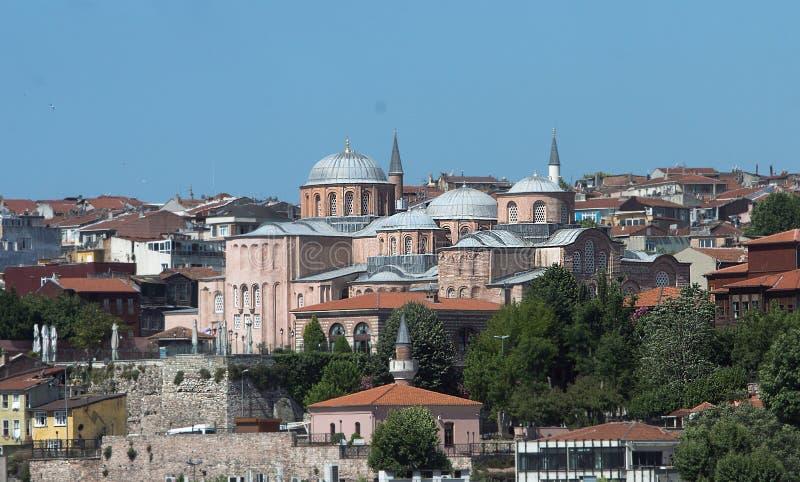 Mesquita de Molla Zeyrek de Istambul em um dia de verão imagem de stock