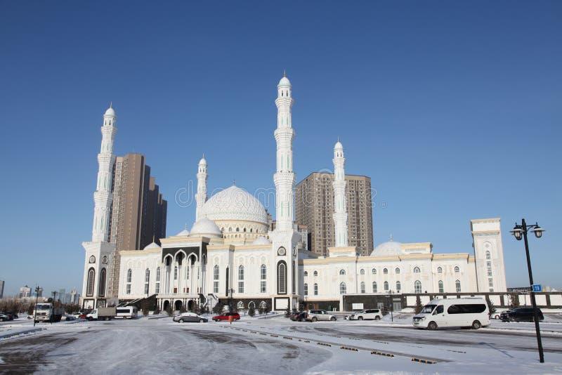 Mesquita de Nur-Astana na cidade de Astana, Cazaquistão fotos de stock