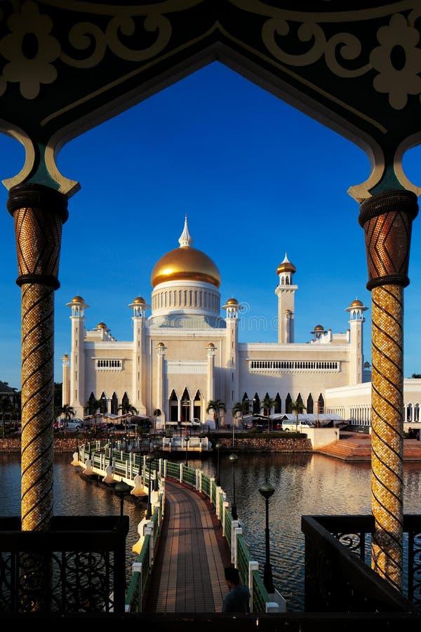Mesquita de Omar Ali Saifuddien da sultão em Brunei fotos de stock royalty free