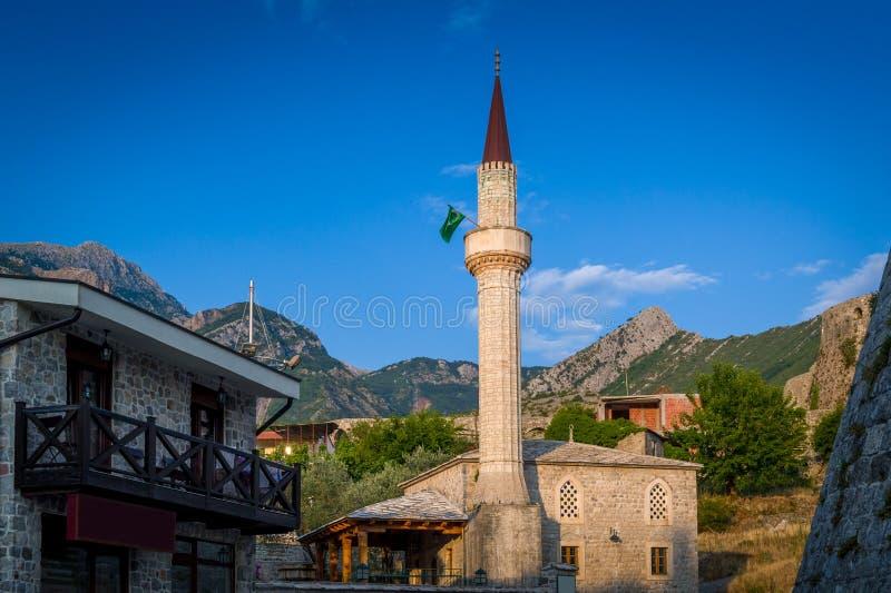 Mesquita de pedra pequena da cidade velha da barra foto de stock