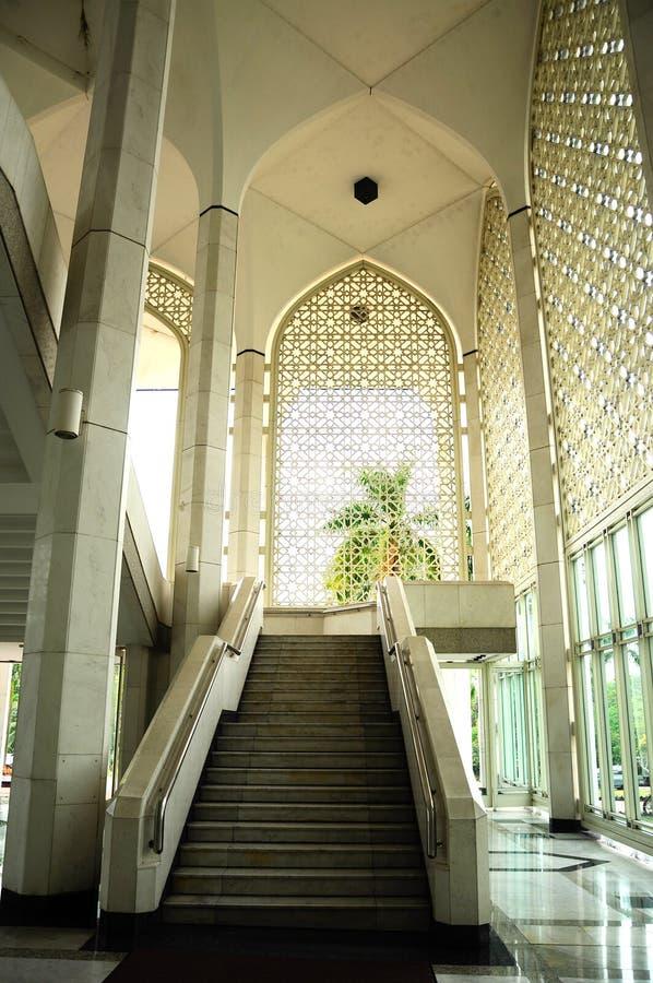 Mesquita a de Sultan Salahuddin Abdul Aziz Shah K um xá Alam Mosque imagens de stock