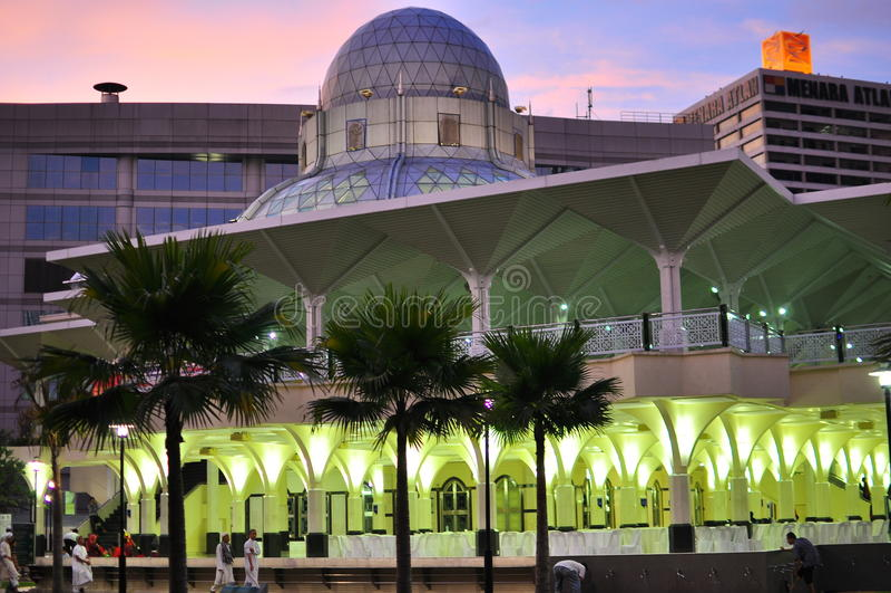 Mesquita do asy-Syakirin perto de KLCC fotografia de stock