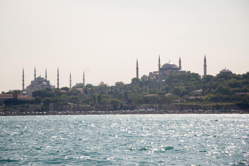 Mesquita do estilo do otomano em Istambul imagens de stock royalty free