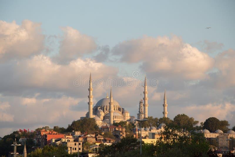 Mesquita do estilo do otomano em Istambul fotografia de stock