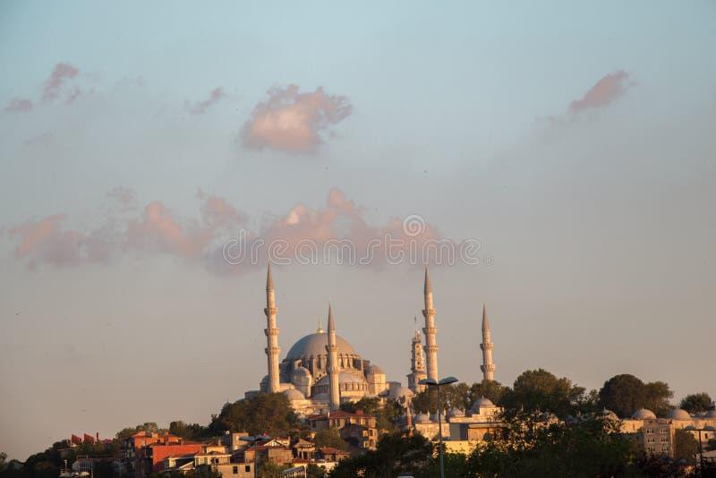 Mesquita do estilo do otomano em Istambul foto de stock