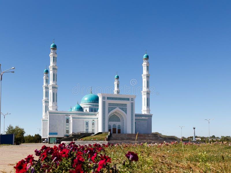 Mesquita do oblast de Karaganda Karaganda, Cazaquistão imagens de stock royalty free
