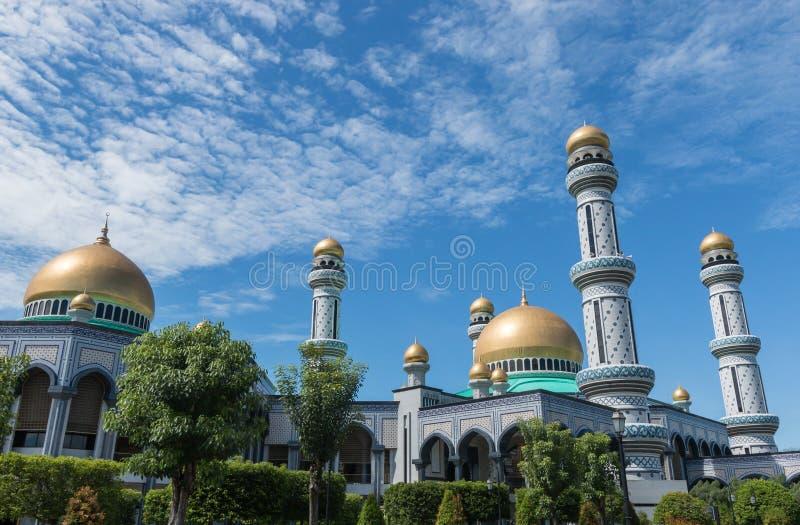Mesquita do radar de fiscalização aérea Hassanil Bolkiah do ` de Jame em Bandar Seri Begawan, Brunei Darussalam foto de stock royalty free