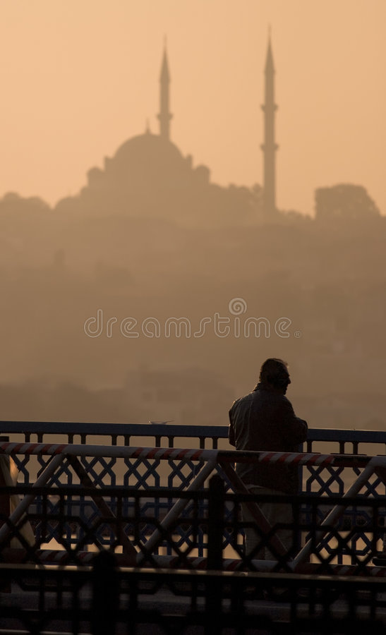 Mesquita e homem imagens de stock royalty free