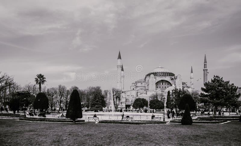 Mesquita histórica na noite, Istambul de Hagia Sophia foto de stock